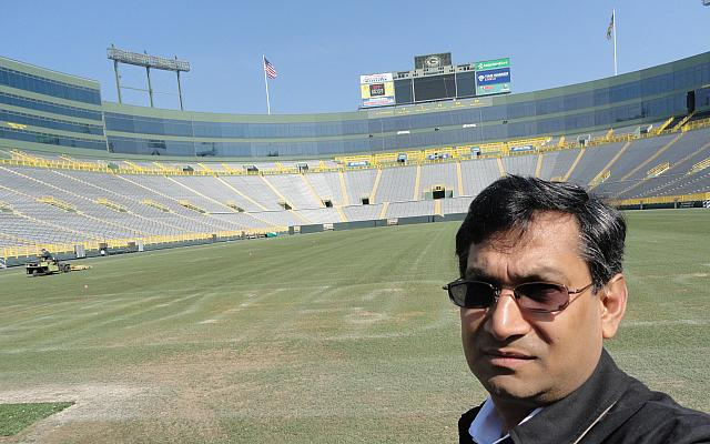 badrul khan Green Bay Packer Lambeau Field3